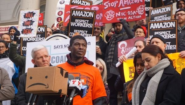 Photo from a rally in New York where Amazon workers are organizing a union